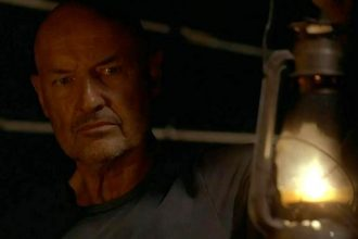 John Locke searching for Jacob to know what to do next to achieve his destiny.